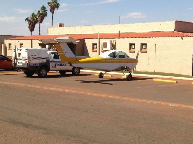 The wingless Beechcraft plane outside the Newman Hotel pub (Picture: Esperance Police/Twitter)