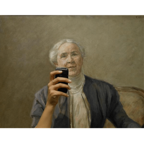 We've all seen people take photos of art, but have you witnessed the Art Selfie?
