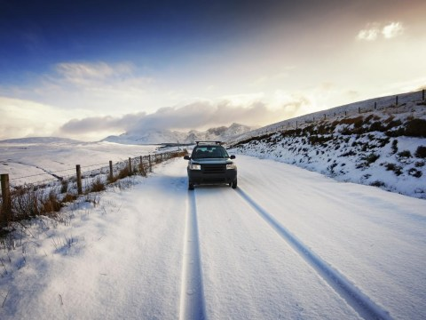 Snow and gales could bring Britain to a halt from tonight