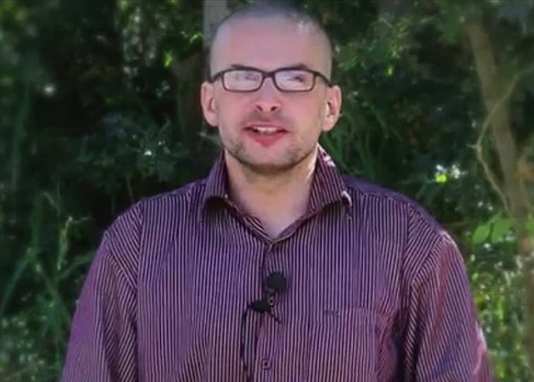 Luke Somers' family plead with Al Qaeda for his release