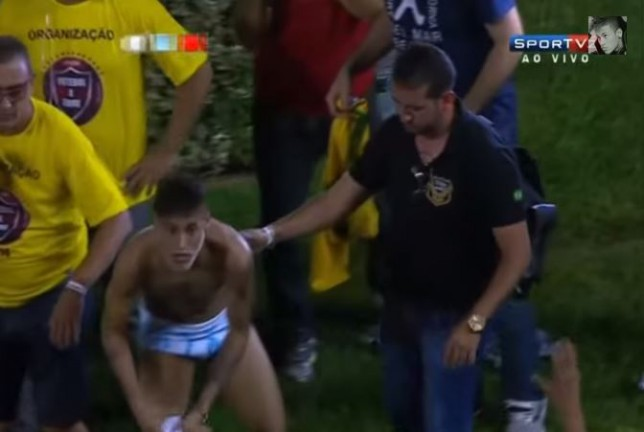 Neymar gives fans his entire kit after charity match, ends up nearly naked