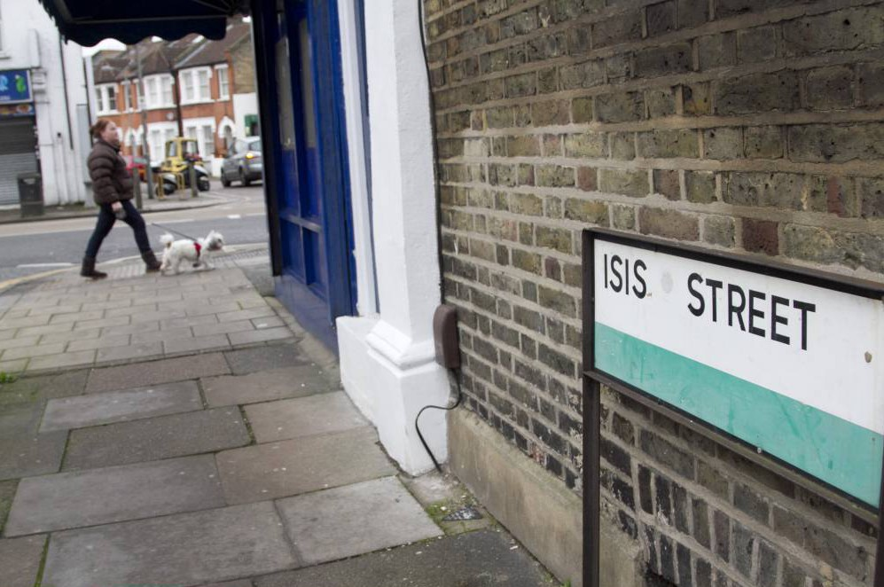 Property prices on Isis Street, South West London, unaffected by the unfortunate name