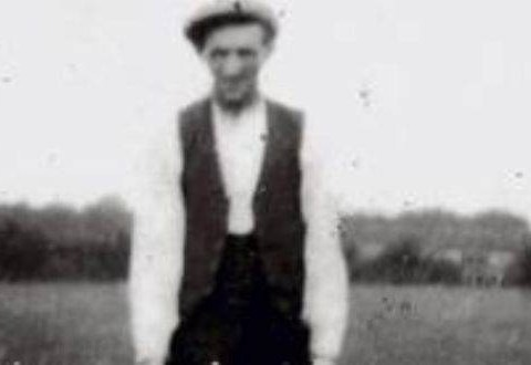Man is cleared of murder charge after being hanged 74 years ago