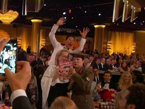 Watch Benedict Cumberbatch photobomb Meryl Streep at the Golden Globes 2015 (yep, he's done it again…)