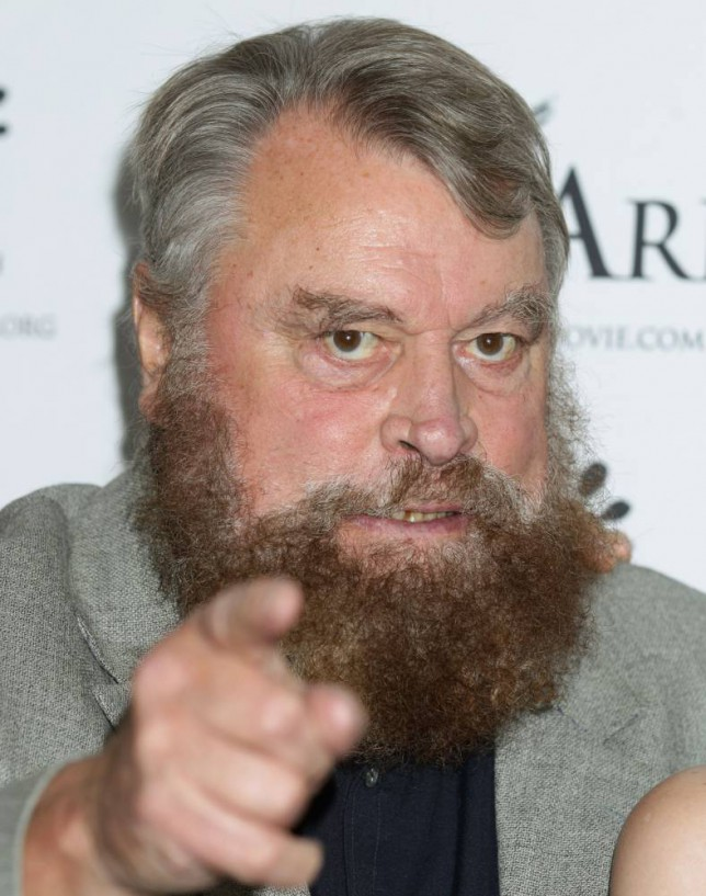 Brian Blessed collapses on stage – but still manages to finish performance after a cuppa