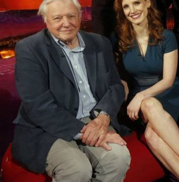 Mating call! Sir David Attenborough ruffles Jessica Chastain's feathers as he volunteers to show her how birds get it on