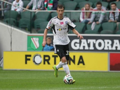 Hamburg 'expect to beat' Arsenal to signing of 16-year-old Legia Warsaw midfielder Krystian Bielik