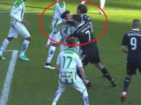Cristiano Ronaldo punches player, slaps then kicks another, gets red card, swaggers off