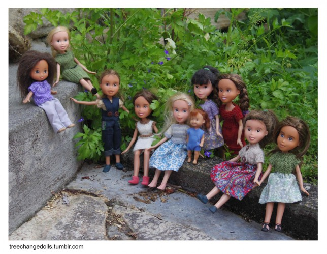 A group shot of the Tree Change Dolls