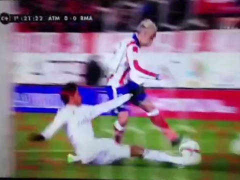 Chelsea and Manchester United target Raphael Varane pulls off incredible last-ditch tackle against Atletico Madrid