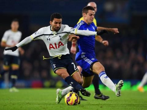 Everton beat Stoke City to sign Aaron Lennon on loan from Tottenham Hotspur