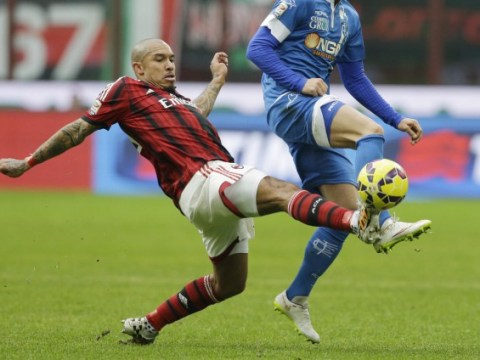 Manchester United ready to offer Nigel de Jong three year deal to quit AC Milan