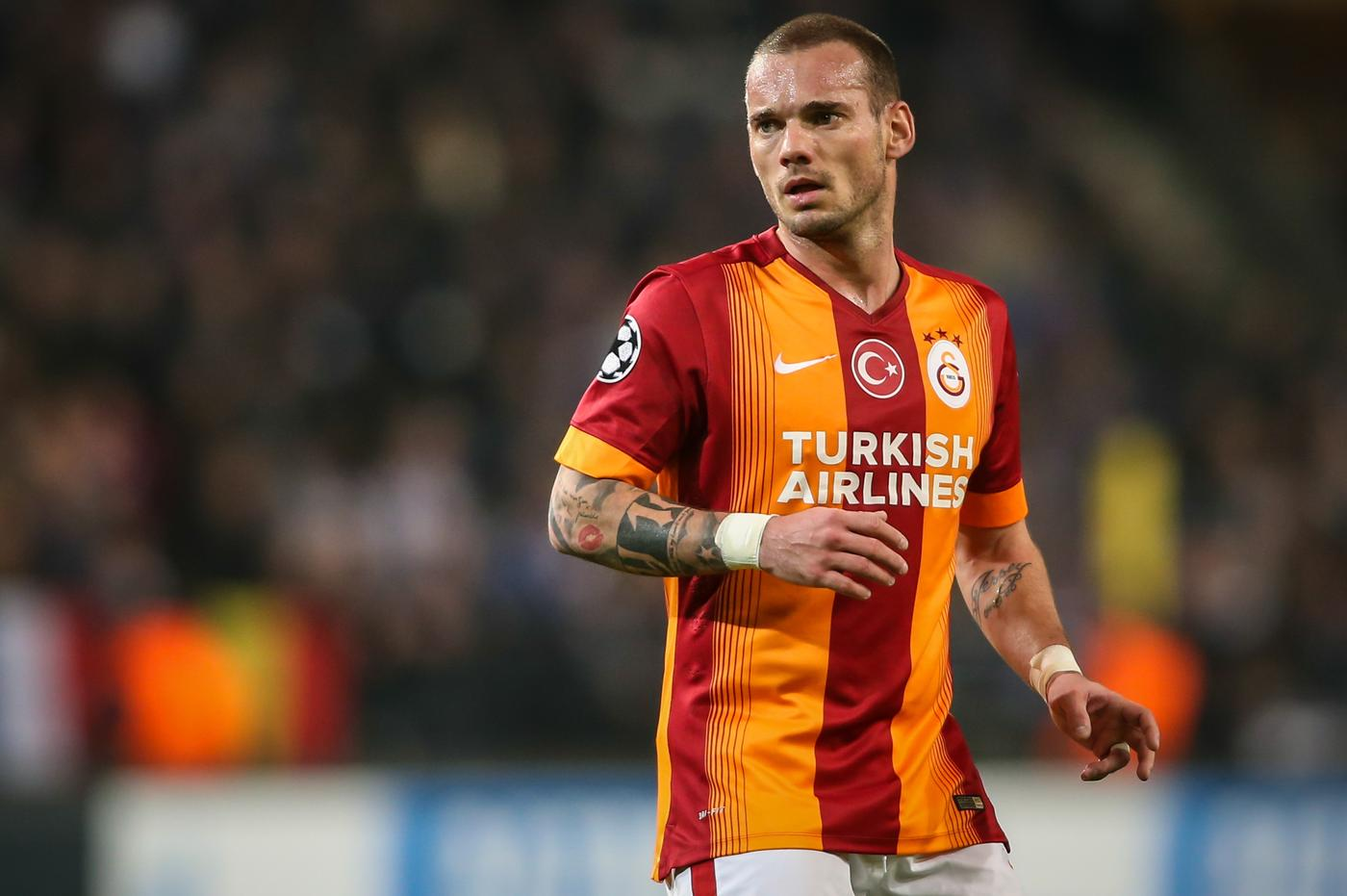 Chelsea made summer bid for Manchester United transfer target Wesley Sneijder, confirms Galatasaray president