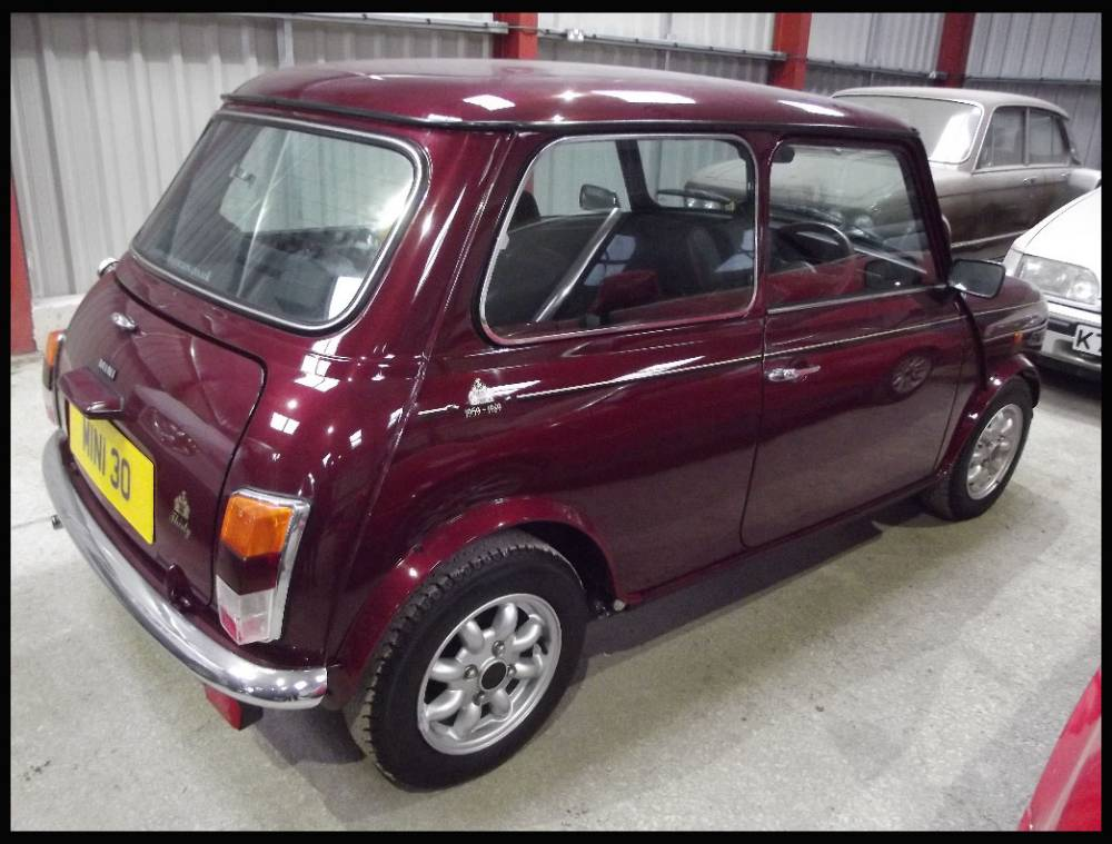 BNPS.co.uk (01202 558833) Pic: Charterhouse/BNPS ***Please Use Full Byline*** The 1989, limited edition, 30th anniversary edition mini. Est: £18,000. A rare 26-year-old mini that has just FIVE MILES on the clock has gone on the market for £18,000 - the equivalent of £3,600 per mile. The limited edition Mini was made in 1989 to mark the 30th anniversary of the cult British motor but has been kept in a museum ever since. It is being sold in Dorset.