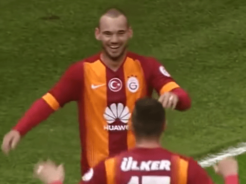 Manchester United transfer target Wesley Sneijder shows what they are missing with stunning double
