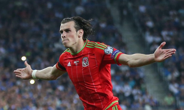 Football - Israel v Wales - UEFA Euro 2016 Qualifying Group B - Haifa International Stadium, Haifa, Israel - 28/3/15 Gareth Bale celebrates after scoring the second goal for Wales Action Images via Reuters / Matthew Childs Livepic EDITORIAL USE ONLY. Matthew Childs/Reuters