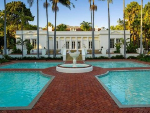 The mansion from Scarface has nine bathrooms and it could be yours for a mere £23 million