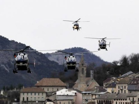 Germanwings plane in French Alps crash 'had technical problems day before disaster'