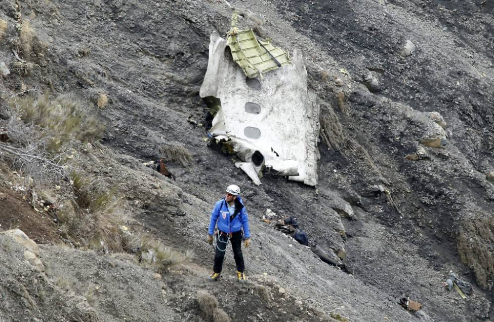 Pilot of Germanwings flight 'was locked out of cockpit' before French Alps crash