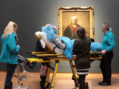 Terminally ill woman fulfils dying wish to see art gallery one last time