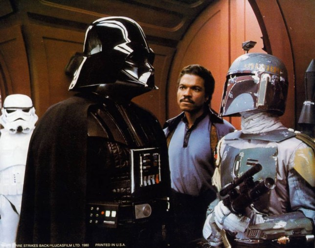 Film: The Empire Strikes Back (1980) with Boba Fett.   B7W6HH WARNING: This photograph can only be reproduced by publications in conjunction with the promotion of the above film. For Editorial Use Only.Star Wars l empire contre attaque Star Wars Episode V The Empire Strikes Back Annee 1980 usa David Prowse Annee Darth Vader Jeremy Bulloch Billy Dee Williams Realisateur Irvin Kershner