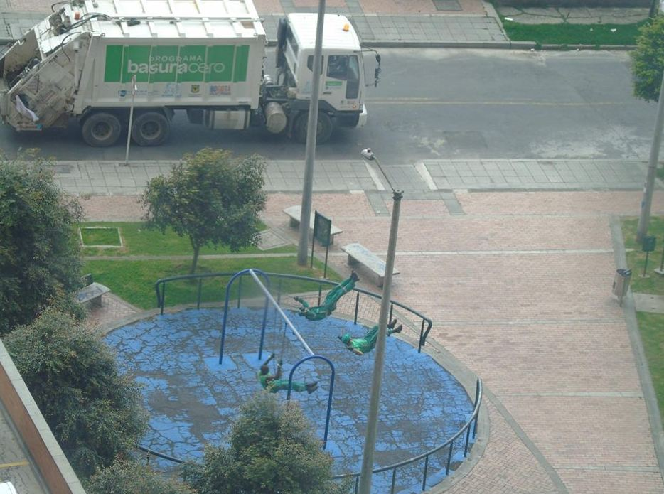 Bogota bin men Facebook picture