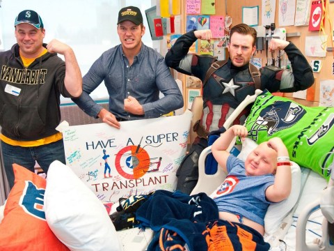 Chris Pratt and Chris Evans continue being awesome as Captain America visits children's hospital