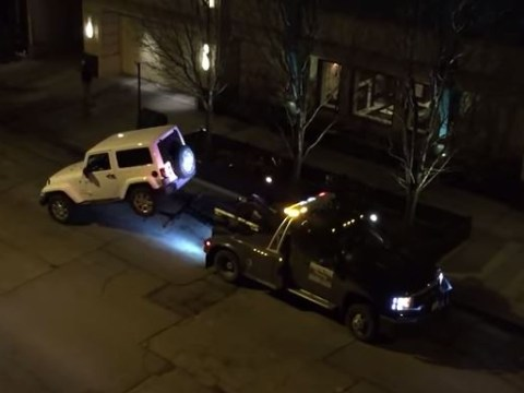 Man mounts daring escape after his car is impounded by tow-truck