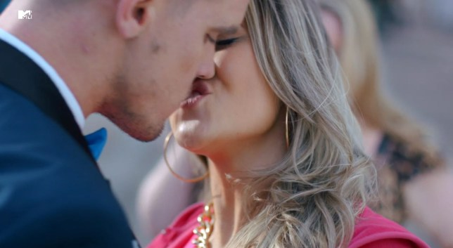 Geordie Shore season 10 Gaz Beadle kiss (Picture: MTV)