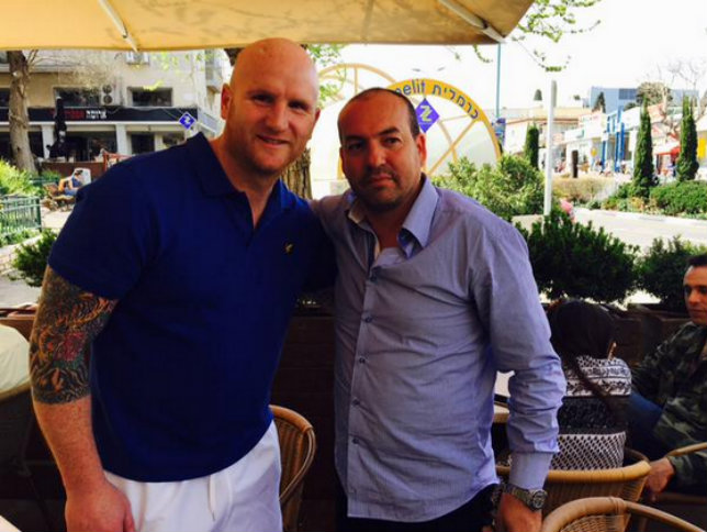 A happier image of John Hartson and Eyal Berkovic posted on social media on Friday (Picture: Twitter)