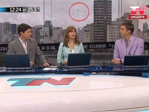 Is there a UFO in the background of this TV show in Argentina?