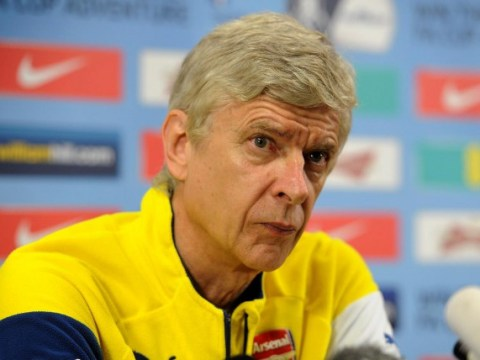 Arsene Wenger keen to keep hold of midfield duo Mikel Arteta and Tomas Rosicky, talks will begin in May