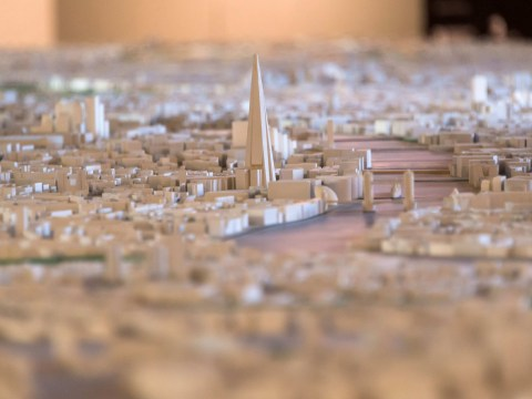 Incredible scale model of London made with 170,000 buildings