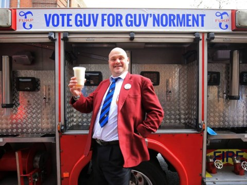 Al Murray kicks off his election campaign with a fire engine converted into a pub