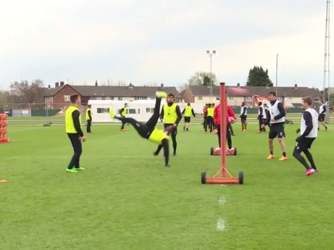 Mario Balotelli performs impressive bicycle kick during Liverpool training game of head tennis