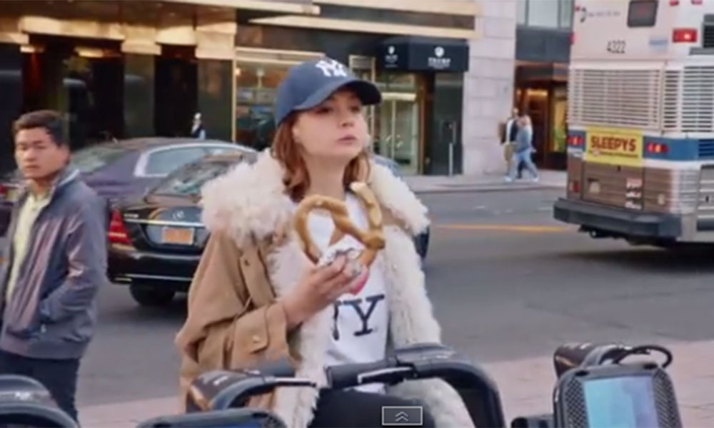'I feel like I am a New Yorker': Carey Mulligan 'renounces' her Britishness in cute video