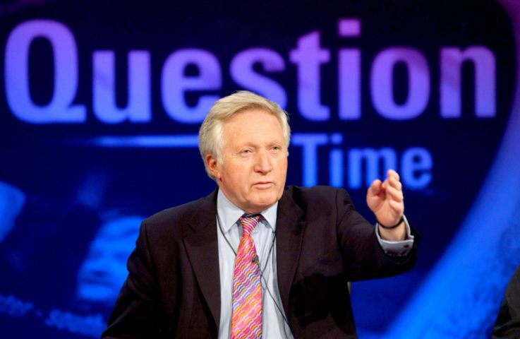 DAVID DIMBLEBY hosting the show. Television Programme ' Questio