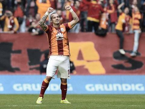 PSG to battle Manchester United over Wesley Sneijder transfer