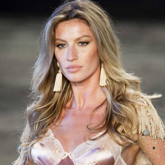 Gisele Bundche MIAMI, FL - MARCH 29 : Model Gisele Bundchen with her sisters at the Vogue Fantasy Chic Shack Beach Party at Tottem Gardens on March 29, 2007 in Miami , Florida. (Photo by Gustavo Caballero/Getty Images)