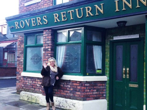 39 signs you're addicted to Coronation Street