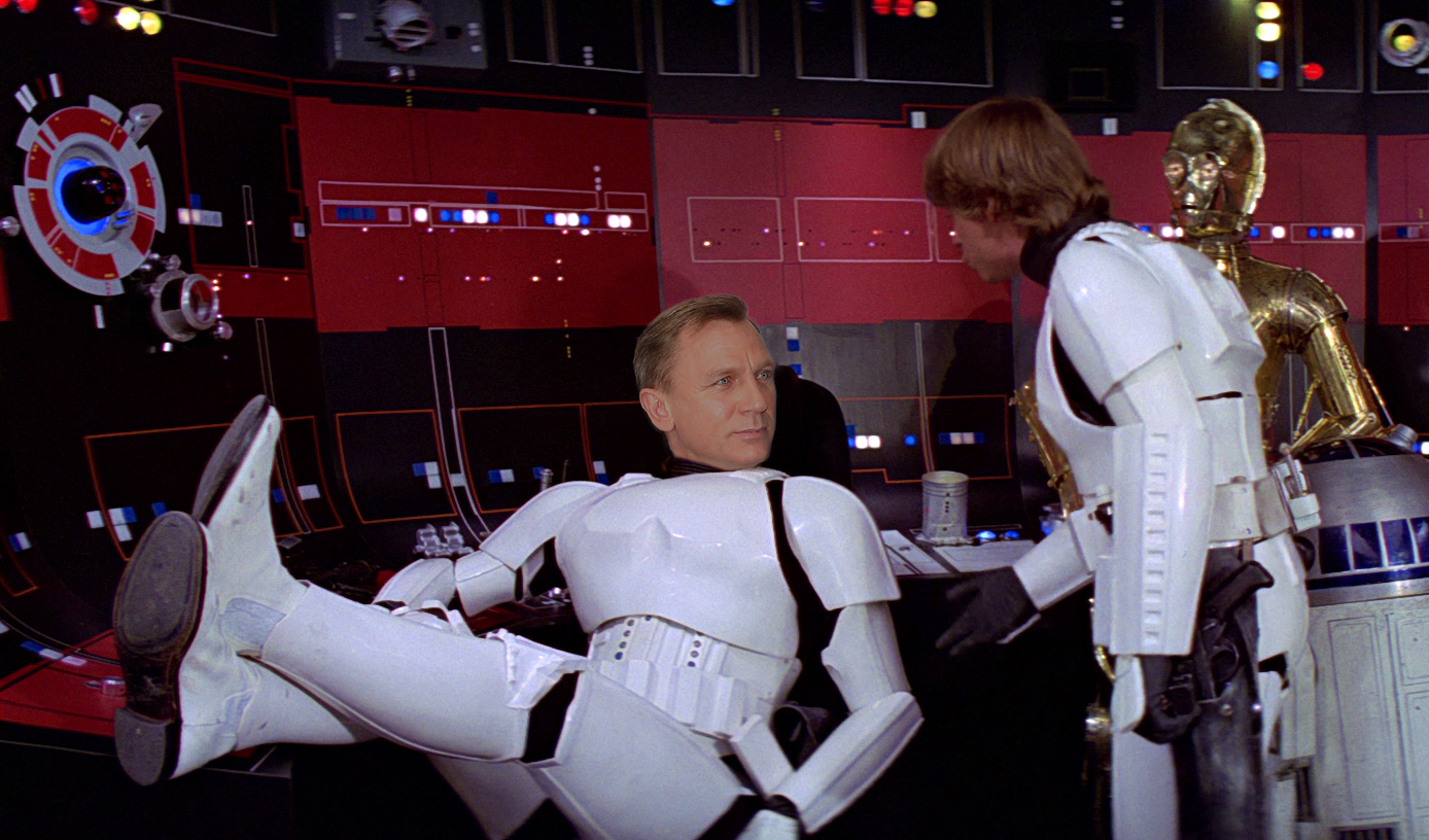 Oops! Simon Pegg accidentally reveals Daniel Craig's role in Star Wars Episode 7: The Force Awakens
