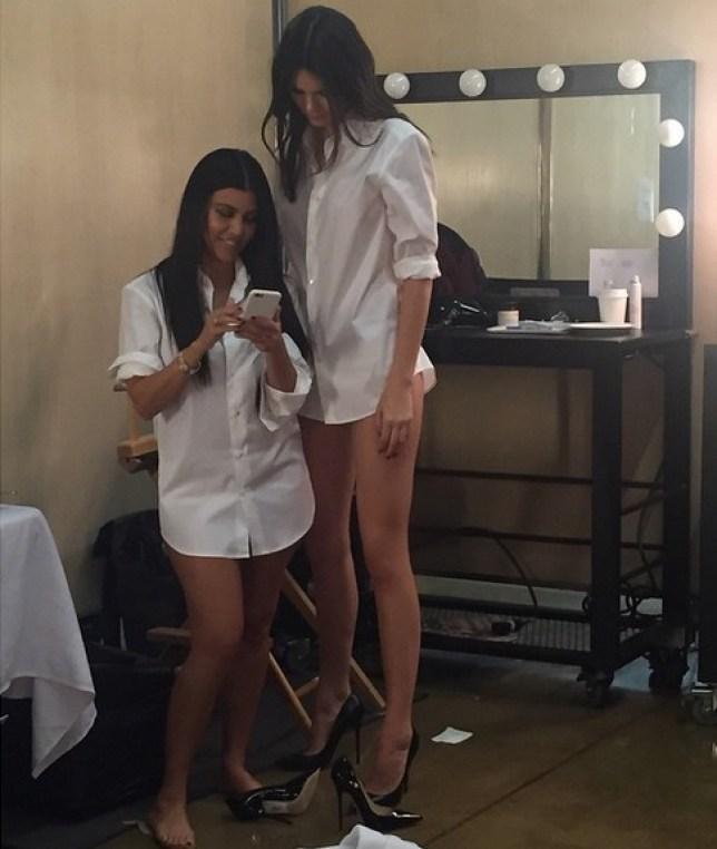 602d5b785bc4 Kendall Jenner towers over sister Kourtney Kardashian in Instagram ...