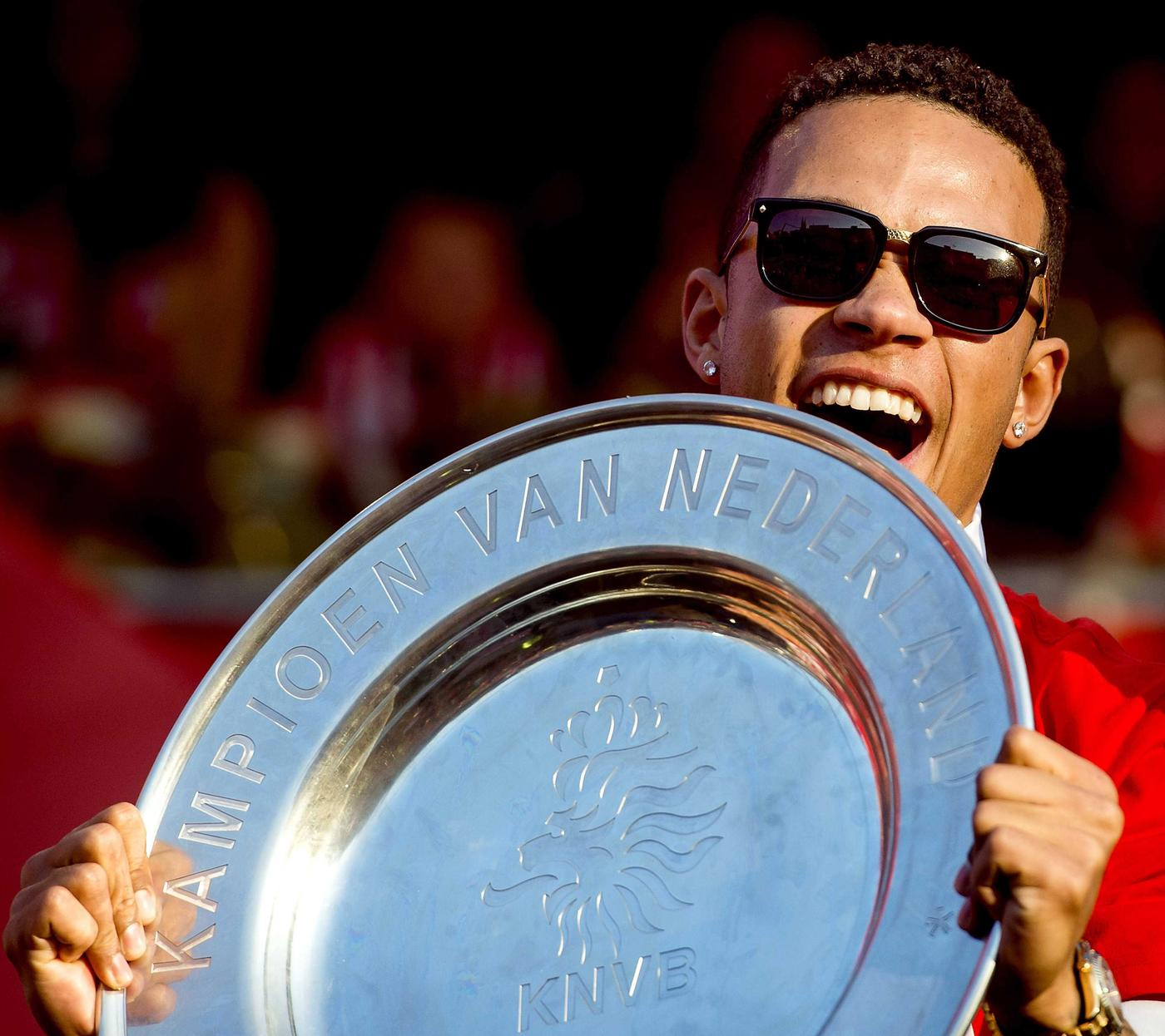 Manchester United hijacked PSG's transfer for Memphis Depay in last 48 hours, reveals PSV sporting director
