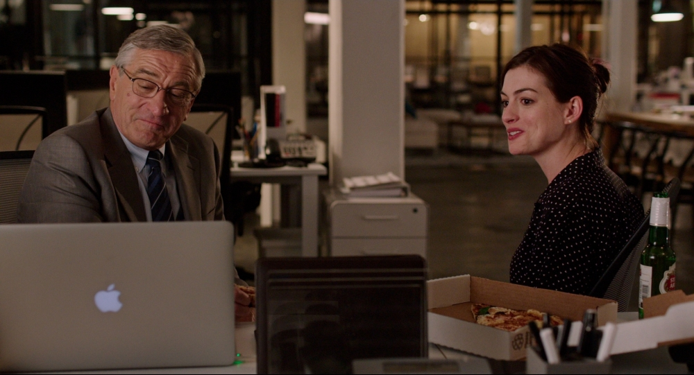 Robert De Niro gets back to work as The Intern in new trailer