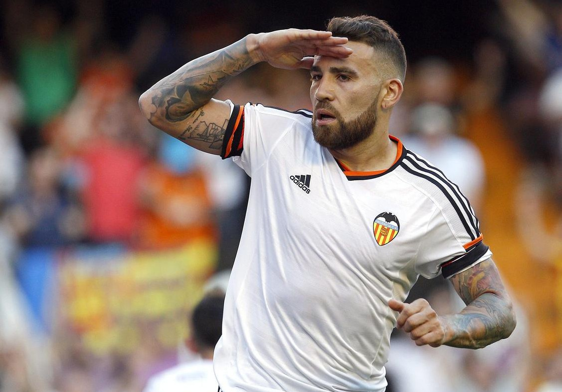 Nicolas Otamendi 'agrees terms on Manchester United transfer deal'