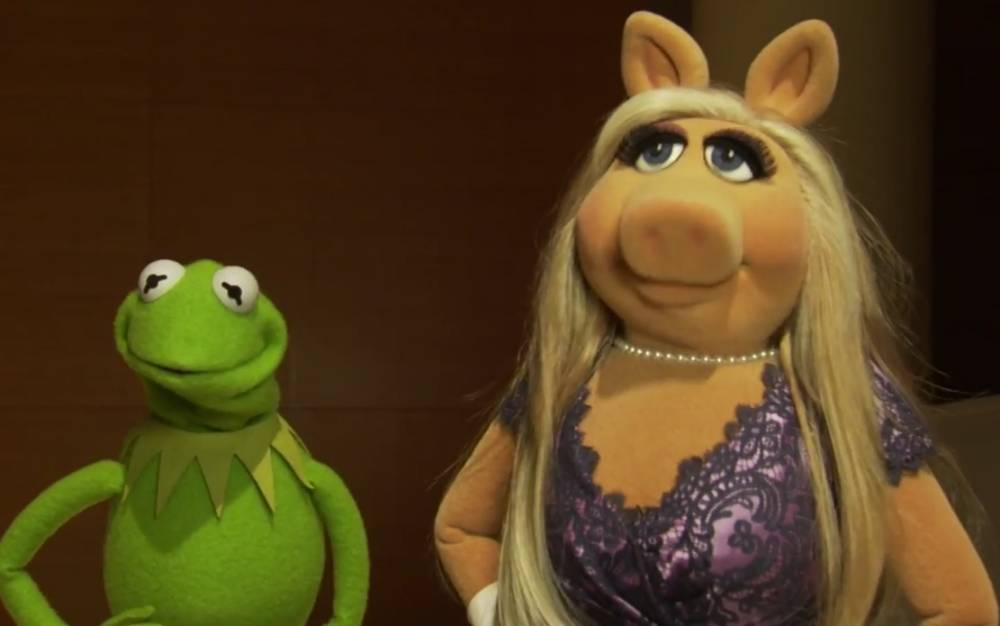 Miss Piggy and Kermit talk about feminism, cat callers and the new Muppets show. https://www.youtube.com/watch?v=fPj0T844WXQ
