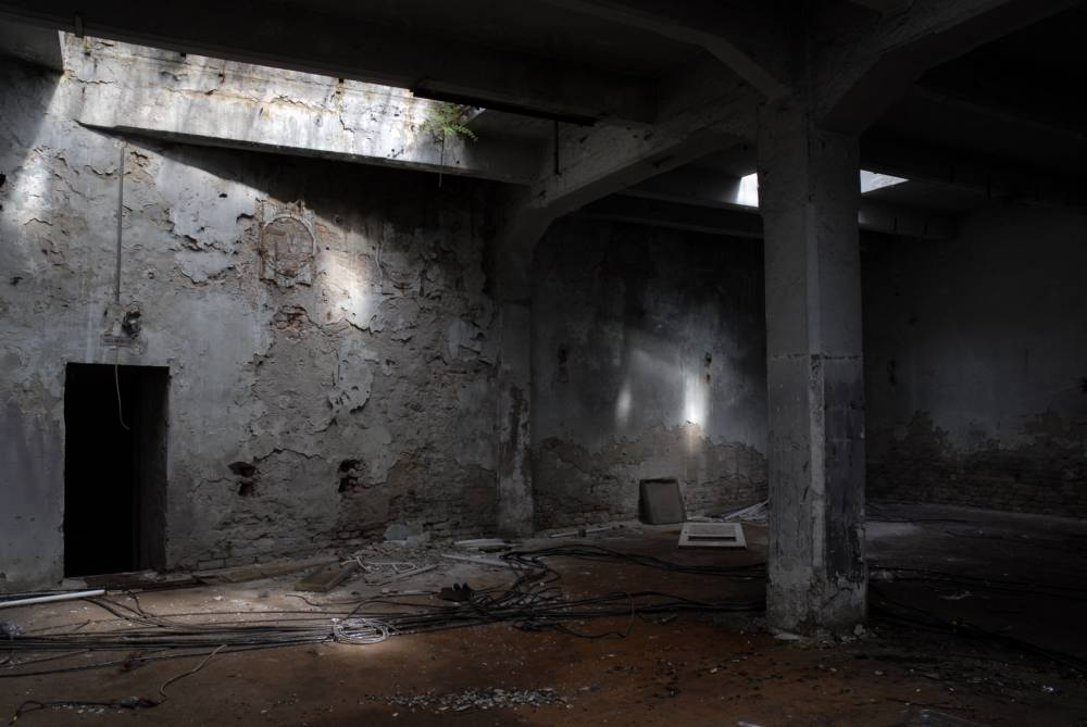 abandon factory hall
