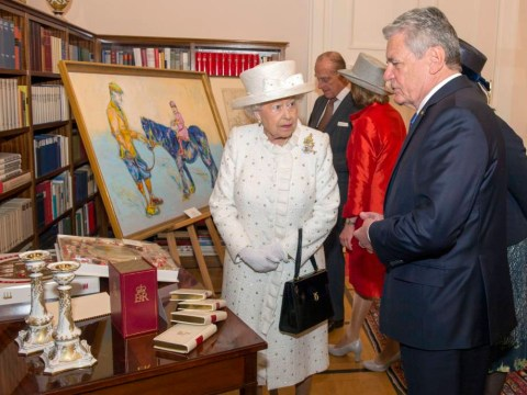 'That's a strange colour for a horse': The Queen wasn't a fan of this painting of her