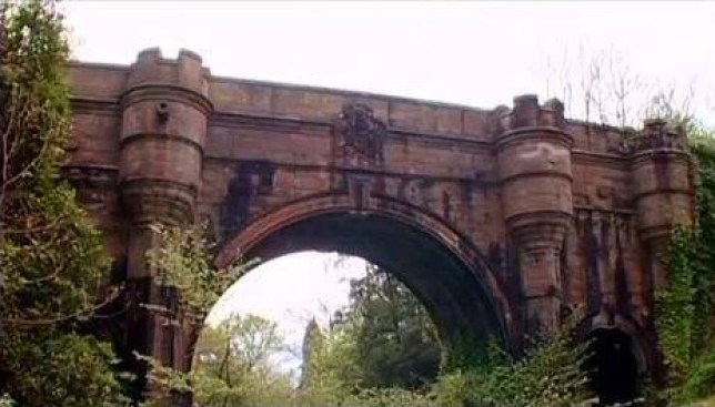 Mystery as 600 dogs jump from 'haunted suicide bridge' leaving at least 50 dead ome locals in West Dunbartonshire, Scotland, even claim it could be the spirit of the 'White Lady of Overtoun' who has been sighted there for over 100 years.  YouTube/DR DAVID SANDS