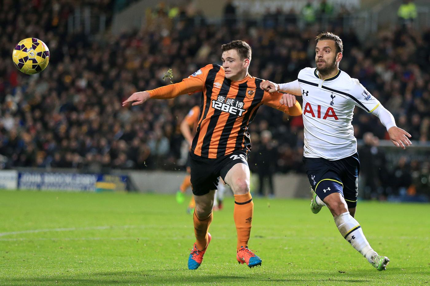 Hull City 'slap £30m transfer fee on Arsenal target Andrew Robertson'